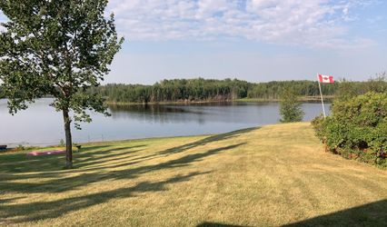 Labyrinth Lake Lodge Ltd 1
