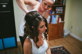Kiss & Makeup Weddings