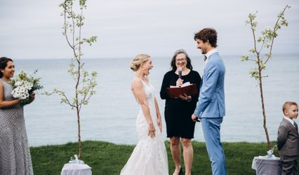 Linda Grover Officiant