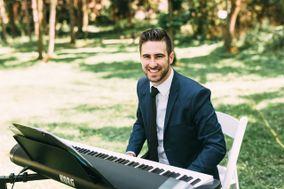 Brian Barber - Singer/Guitarist/Pianist
