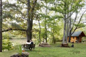 Elope Niagara's Little Log Wedding Chapel