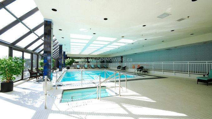 Doubletree by hilton london ontario for Swimming pools in london ontario