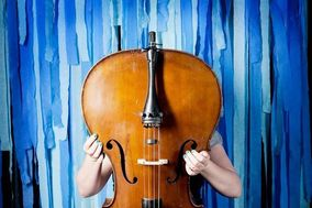 Christina Rzepa - Cellist