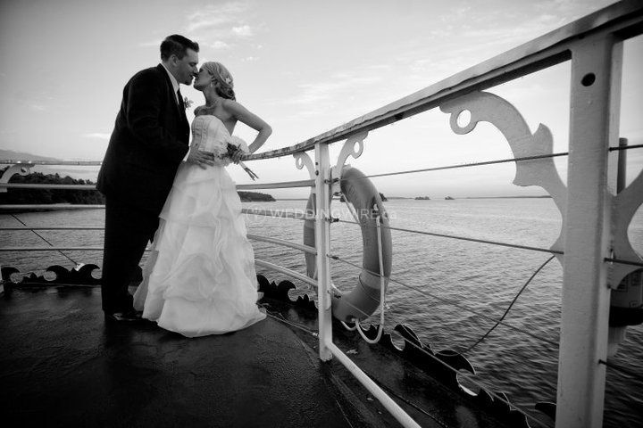 Kingston, Ontario boat wedding couple