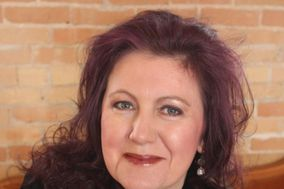 Tracy Sweet - Ontario Wedding Officiant