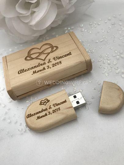 Wood Engraved 32GB Usb's