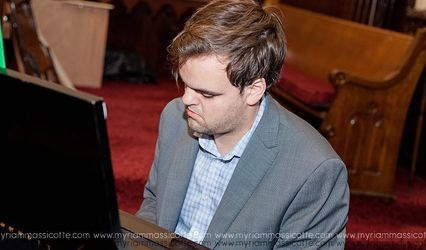 Sam Gagnon - Wedding Pianist 1