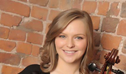 Lauren Jones - Cellist