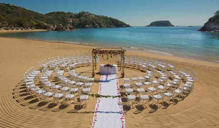 Liz Moore Destination Weddings