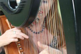 Martha Minogue - Harpist