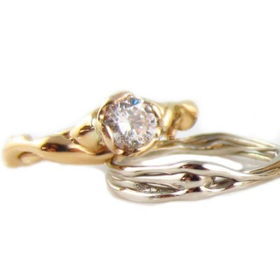 Diamond Free-flow Ring