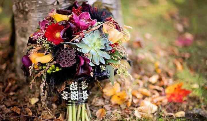 Country Floral And Wedding Decor
