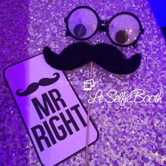 LE Selfie Booth MR RIGHT.jpg