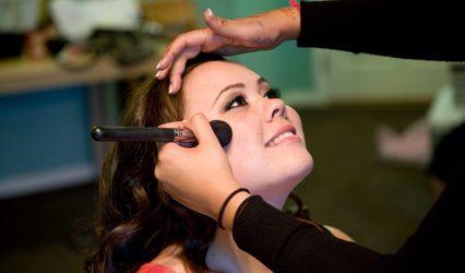 Jasveen Johal - Makeup artist 1