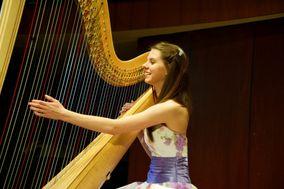 Natalie Hoffmann - Harpist