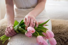Mobile Wedding Florist YEG  ​