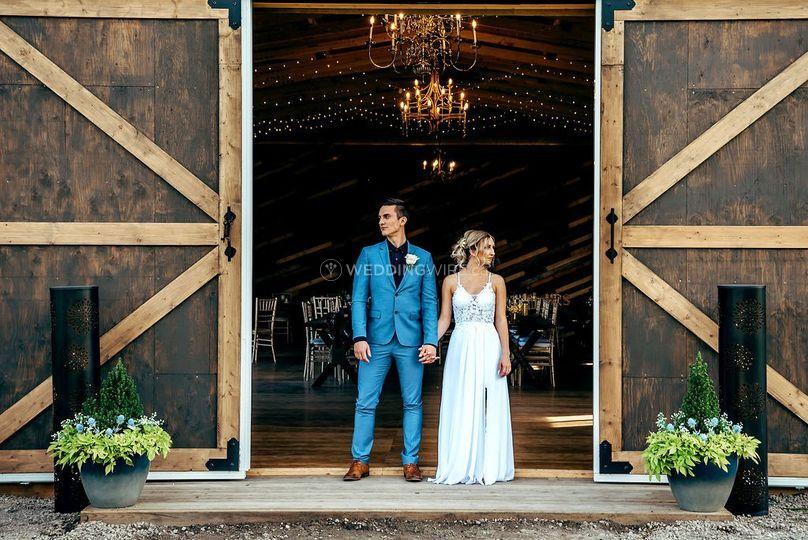 Copper Creek Barn - Venue - Sturgeon County - Weddingwire.ca