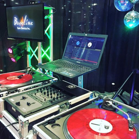 Baseline DJ & Photo Booth Services