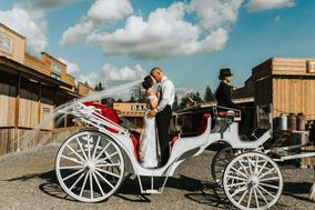 Loft Country Weddings & Carriages
