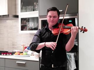 """Human nature"" (Michael Jackson) Calgary Toronto Violinist Darcy Stamp"