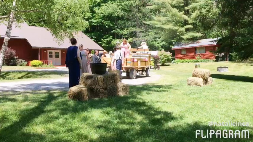 Amanda Amp Joshua At Popv Pathways On Pleasure Valley Video Weddingwire Ca
