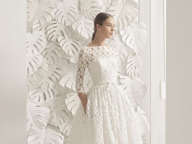 31 Tea-Length Wedding Dresses for Every Style of Bride