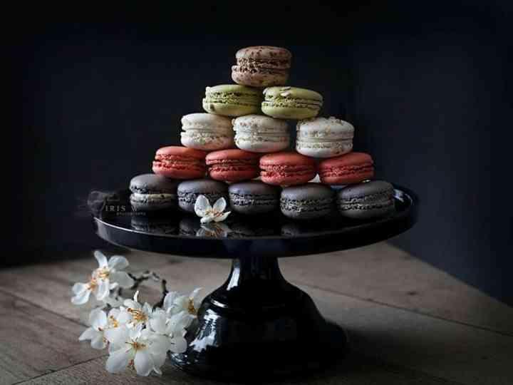 5 Ways To Serve Macarons At Your Wedding