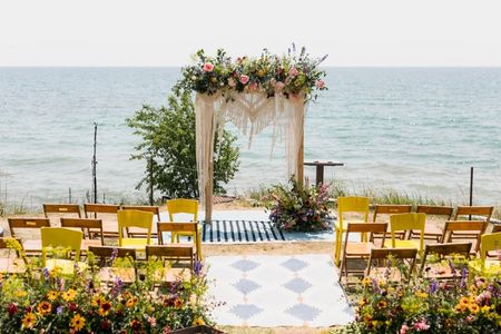 5 Ways to Amp Up Your Wedding Altar