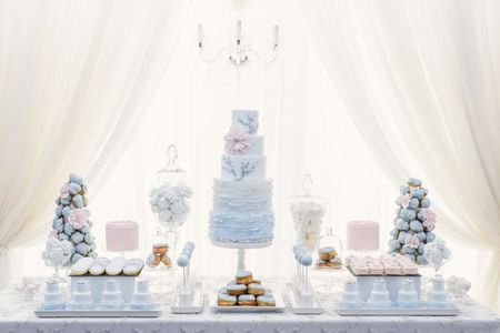 6 Tips for Decorating Your Wedding Sweet Table