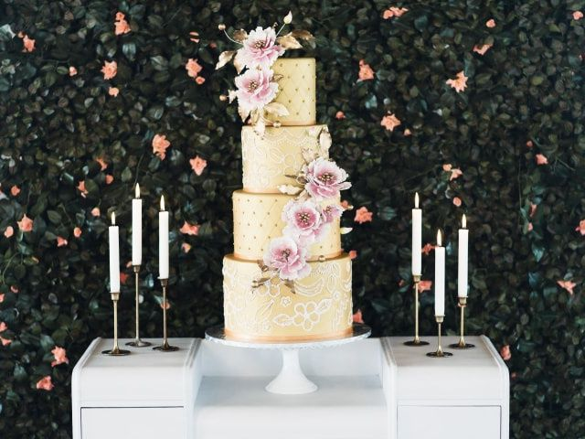 7 Metallic Wedding Cake Ideas We're Totally Obsessed With