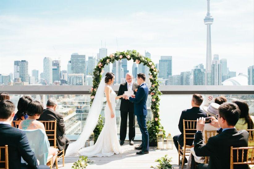 Thompson Hotel Roftop wedding ceremony