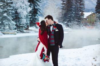 30 Awesome Christmas Wedding Ideas