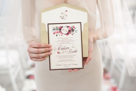 How to Create a Wedding Monogram