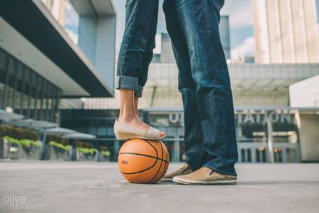5 Epic Sports Themed Engagement Photo Ideas