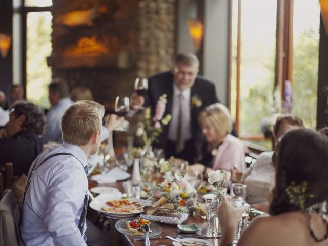 How to Make Your Wedding Rehearsal Dinner Seating Chart