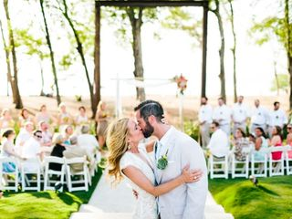 16 Tips on How to Plan a Destination Wedding