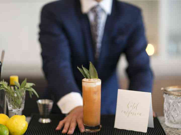 Open Bar vs. Cash Bar at Your Wedding