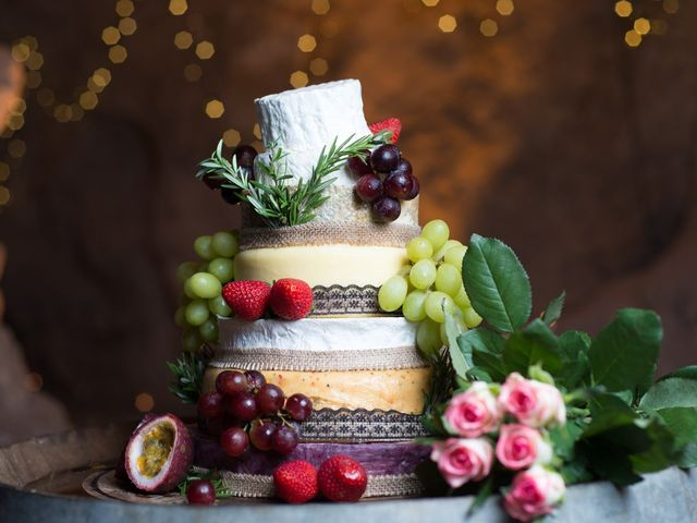 5 Savoury Wedding Cake Alternatives