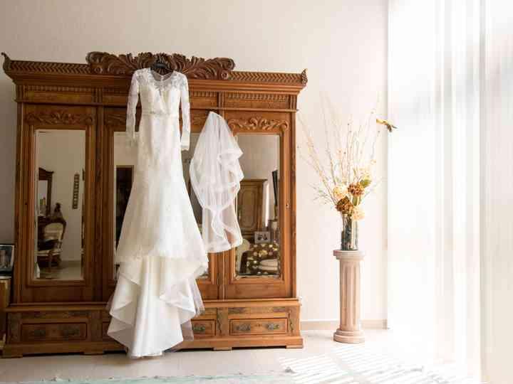 5 Things You Shouldn't Do After You've Said Yes to the Dress