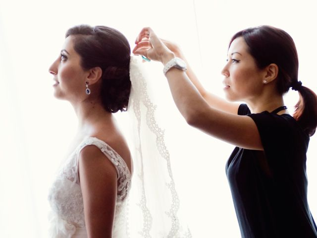How to Choose a Wedding Hair Stylist