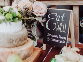 5 Savoury Alternatives to Wedding Cake