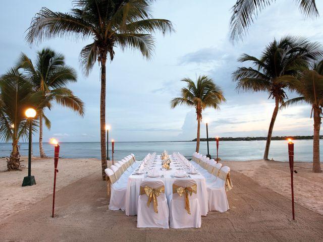 25 Awesome Beach Wedding Ideas