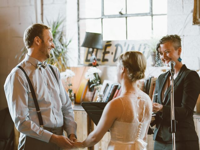 5 Tips for Overcoming Wedding Vows Writer's Block