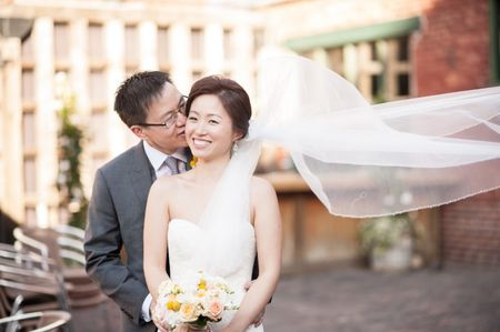 5 Ways to Surprise Your Spouse-to-Be on Your Wedding Day
