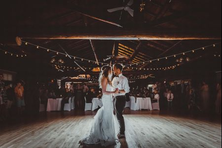 35 Folk Love Songs for Your First Dance