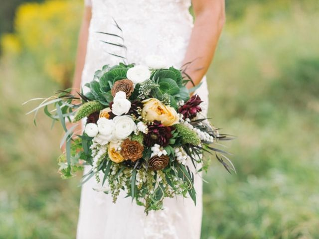 5 Unique Types of Wedding Flowers