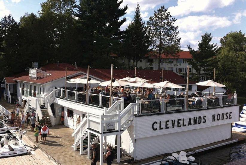 Clevelands House Resort