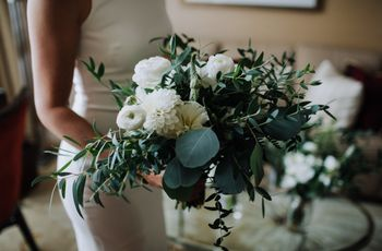 How to Find the Right Wedding Florist