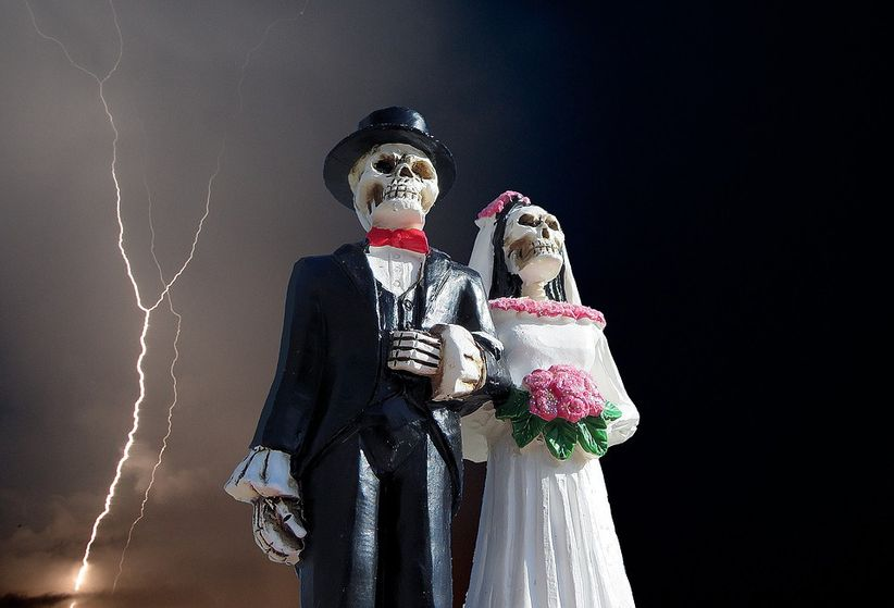 33 Awesome Halloween Wedding Ideas