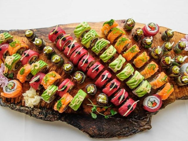 5 Ways to Serve Sushi at Your Wedding